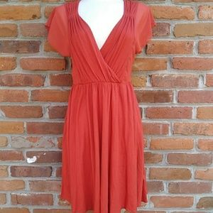 🍁Banana Republic Knee-length Deep V Dress